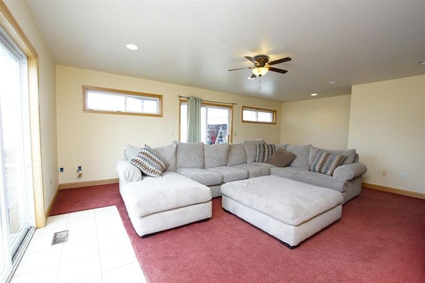 1155 Lakeshore Dr, Gregory, MI - USA (photo 3)