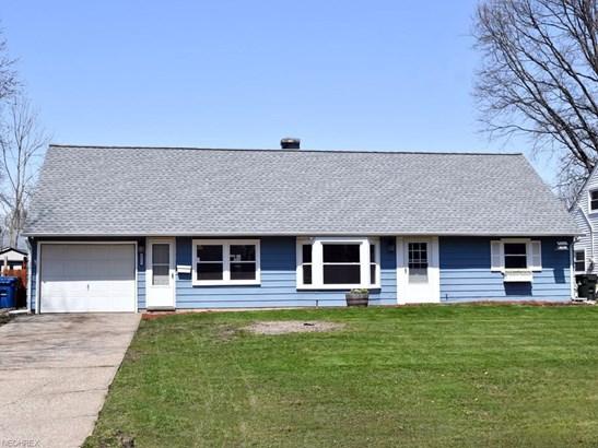 4855 Ivanhoe Ave, Sheffield Lake, OH - USA (photo 1)