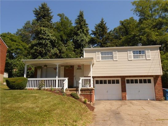 208 Nassau Drive, Plum, PA - USA (photo 1)