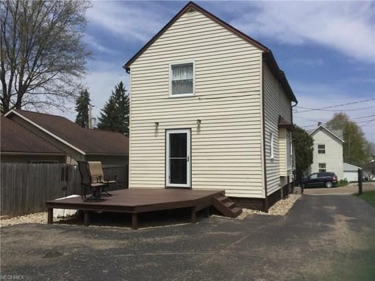 240 E Paige Ave, Barberton, OH - USA (photo 2)