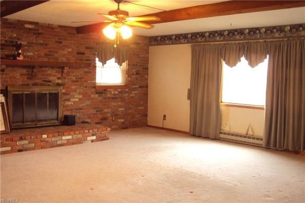 14713 Hillview Rd, Newbury, OH - USA (photo 5)
