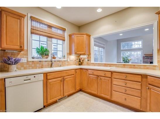 463 Dunbar Ln, Highland Heights, OH - USA (photo 3)
