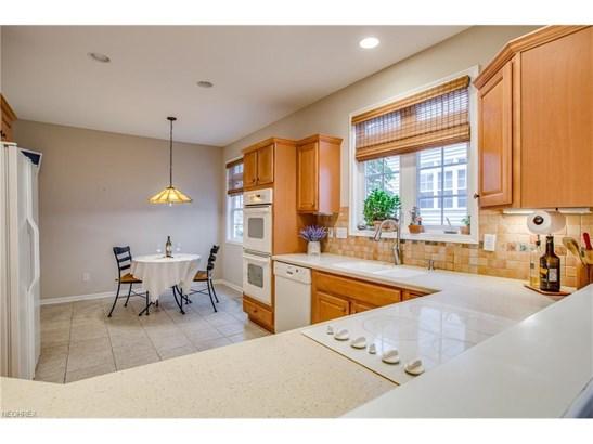 463 Dunbar Ln, Highland Heights, OH - USA (photo 5)