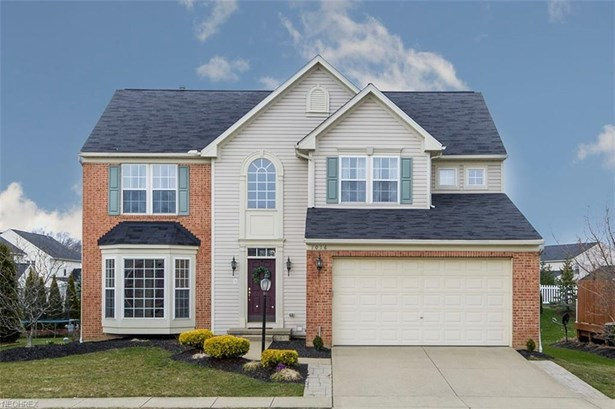 1016 Woodfield Ln, Brunswick, OH - USA (photo 1)