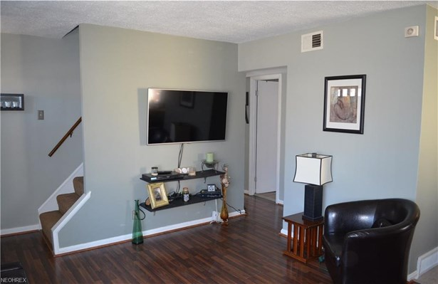 4374 W 189th St, Cleveland, OH - USA (photo 3)