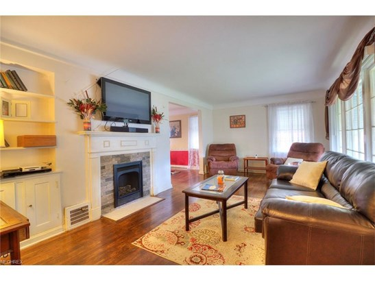 7407 Dellbank Dr, Cleveland, OH - USA (photo 4)