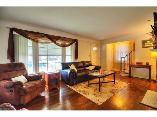 7407 Dellbank Dr, Cleveland, OH - USA (photo 5)