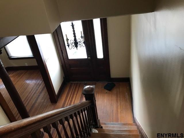 1028 Dean St, Schenectady, NY - USA (photo 5)