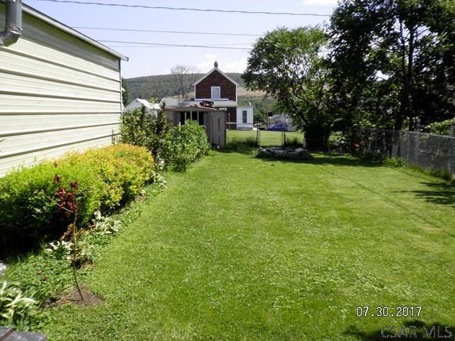 33 E Third St, Cairnbrook, PA - USA (photo 3)