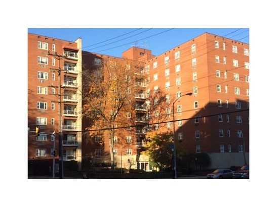 4601 Fifth Ave 520, Oakland, PA - USA (photo 2)