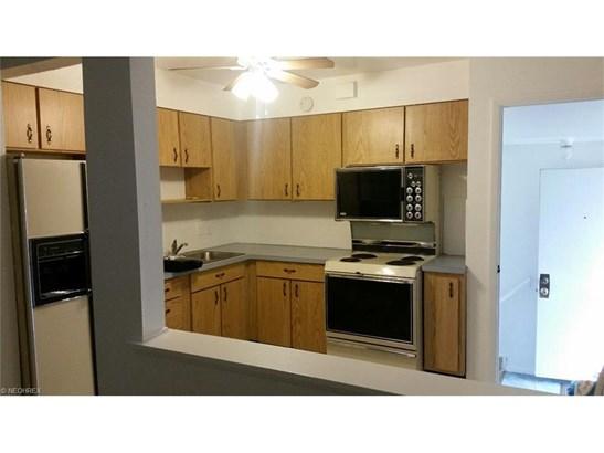 5585 Garden St, Maple Heights, OH - USA (photo 4)