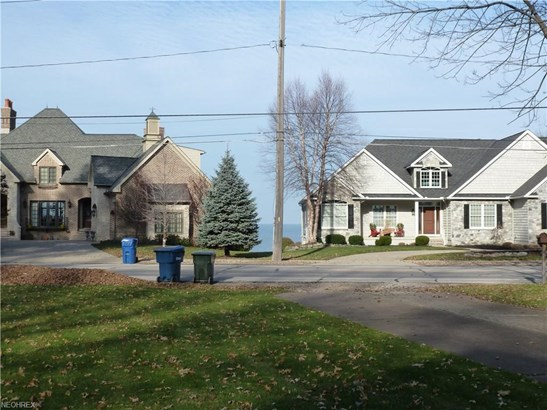 32197 Lake Rd, Avon Lake, OH - USA (photo 3)