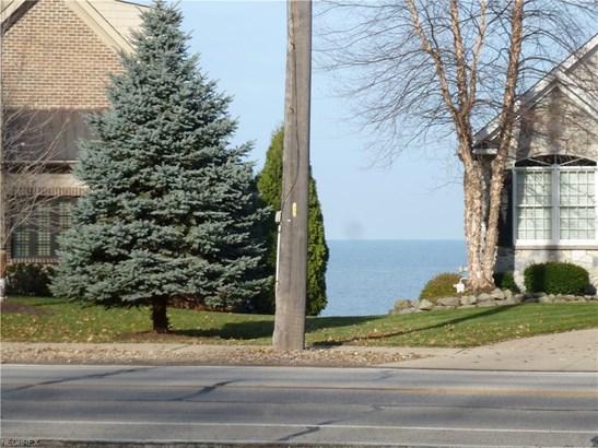 32197 Lake Rd, Avon Lake, OH - USA (photo 4)