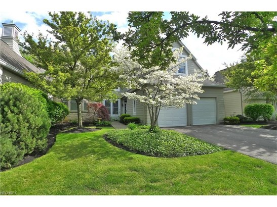 54 Haskell Dr, Bratenahl, OH - USA (photo 2)