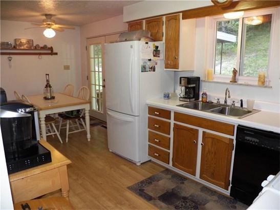 3050 Woodlake Rd, Apollo, PA - USA (photo 4)