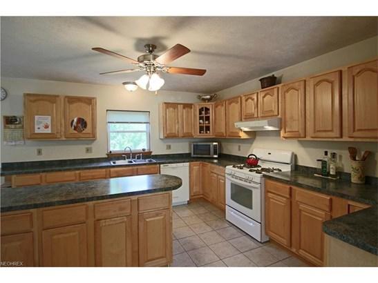 15220 Auburn Rd, Newbury, OH - USA (photo 2)