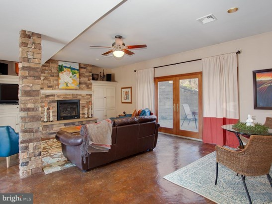 240 Clark Rd, Hershey, PA - USA (photo 2)
