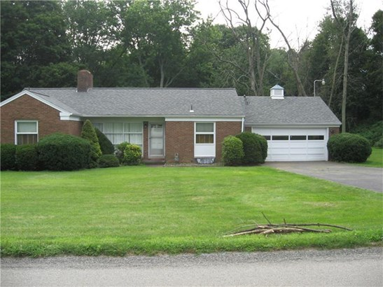 160 Braddock Road Ave, Mount Pleasant, PA - USA (photo 2)