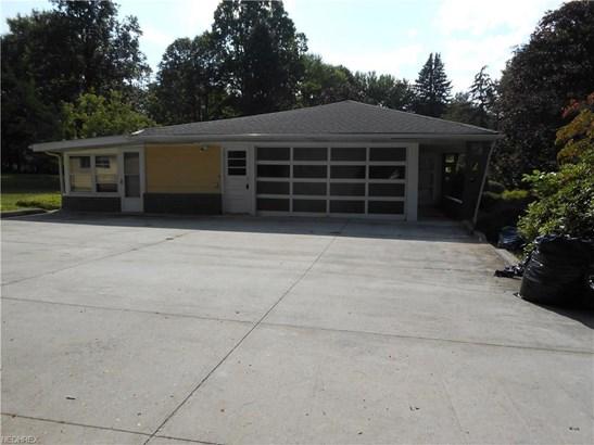 1060 Sagamore Rd, Sagamore Hills, OH - USA (photo 2)