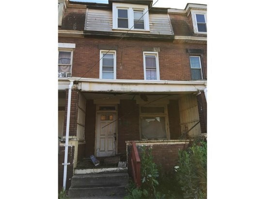 14 Linden St, Natrona Heights, PA - USA (photo 1)