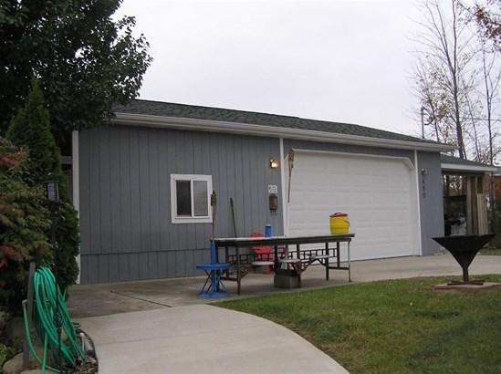 480 Brushaber, Beaverton, MI - USA (photo 2)