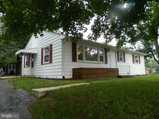 100 Walton Ave, Carlisle, PA - USA (photo 2)