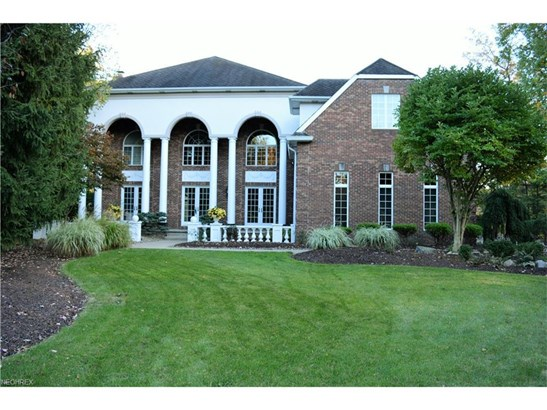 5563 Woodmill Cir, Brecksville, OH - USA (photo 1)