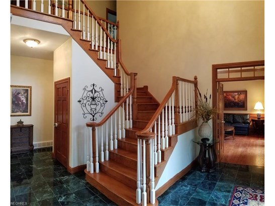5563 Woodmill Cir, Brecksville, OH - USA (photo 4)