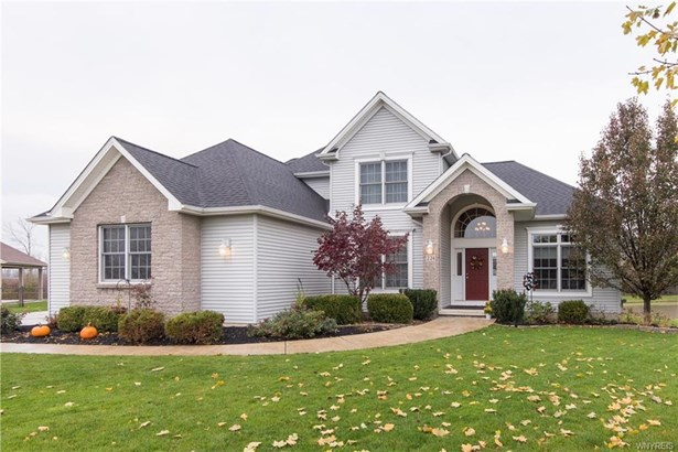224 Pin Oak Circle, Grand Island, NY - USA (photo 2)