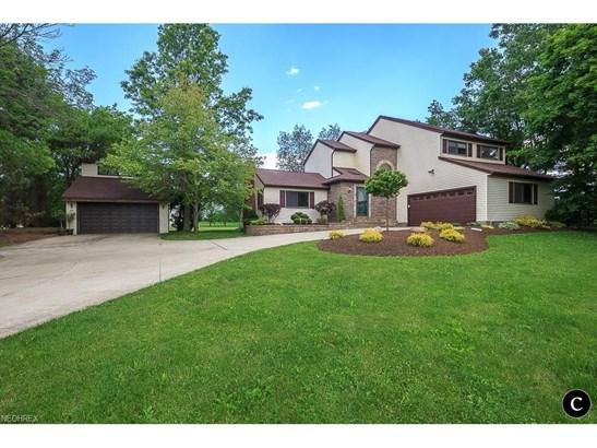 9883 Mentor Rd, Chardon, OH - USA (photo 5)