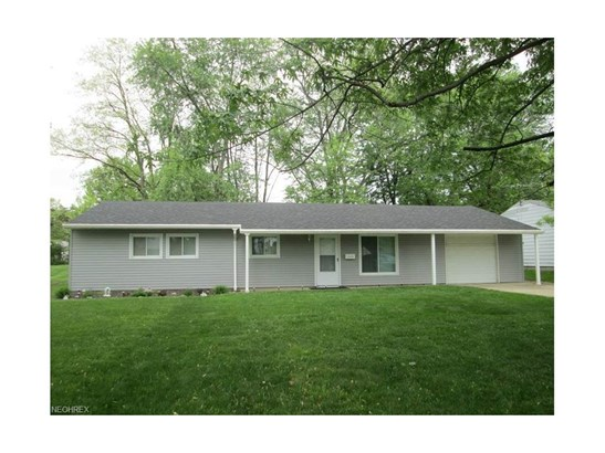 25325 Randolph Rd, Bedford Heights, OH - USA (photo 1)