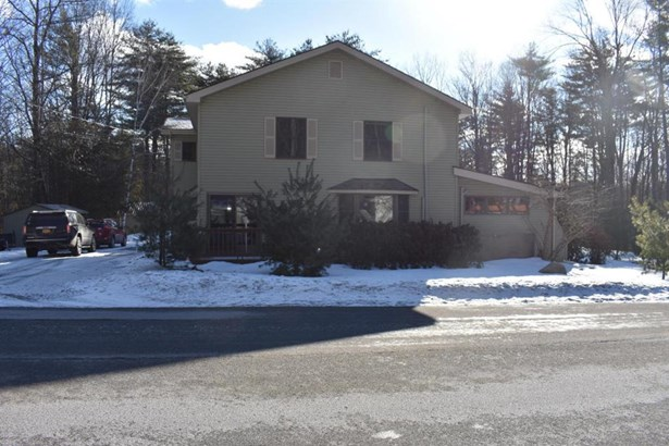 120 Middle Road, Lake George, NY - USA (photo 1)