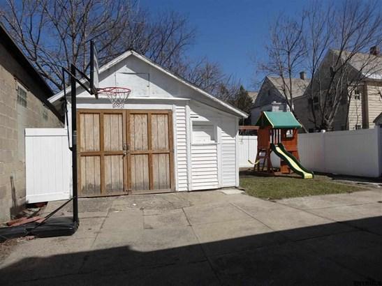 1029 Pleasant St, Schenectady, NY - USA (photo 3)