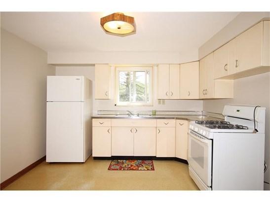 2275 Lynnbrook  Avenue, Brookline, PA - USA (photo 2)