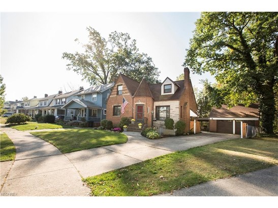 17501 Oxford Ave, Cleveland, OH - USA (photo 4)
