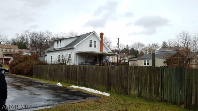 719 White St, Hollidaysburg, PA - USA (photo 2)