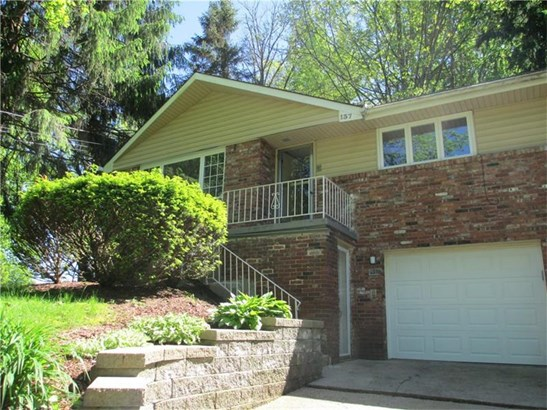 137 Country Club Drive, Penn Hills, PA - USA (photo 2)