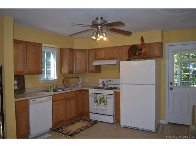 8240 Kips Creek Drive, Charles City, VA - USA (photo 2)