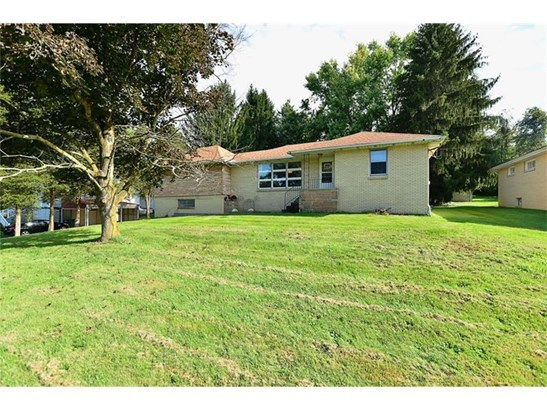 1668 Smith Twp State Rd., Burgettstn, PA - USA (photo 1)