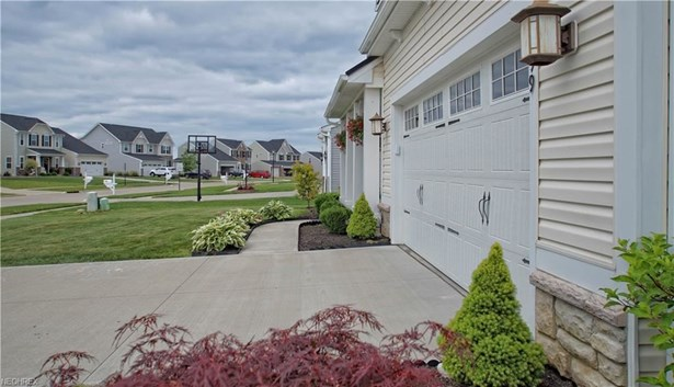 1499 Brentfield Dr, Wadsworth, OH - USA (photo 4)