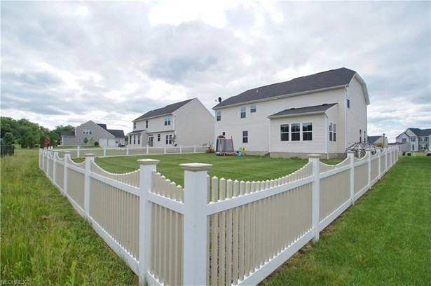1499 Brentfield Dr, Wadsworth, OH - USA (photo 5)