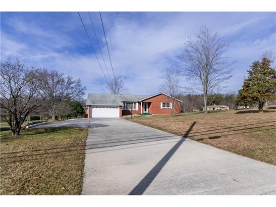 3064 Morgantown Road, Smithfield, PA - USA (photo 1)