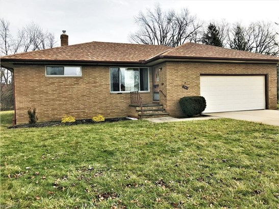 5935 Mayberry Ave, Mayfield Heights, OH - USA (photo 1)