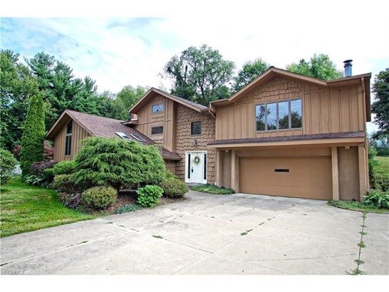 2872 Byron Dr, North Canton, OH - USA (photo 1)