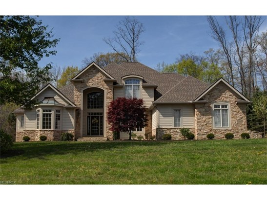 7570 Trails End, Chagrin Falls, OH - USA (photo 1)