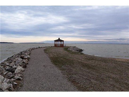 2949 S Waterside Ct, Lakeside-marblehead, OH - USA (photo 5)