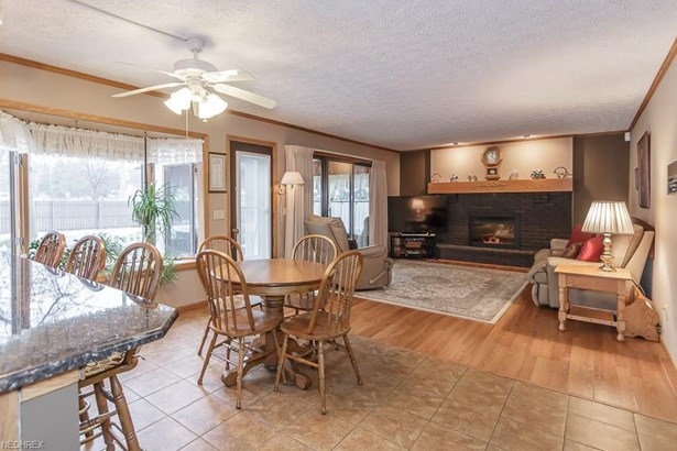 34840 Aspen Wood Ln, Willoughby, OH - USA (photo 4)