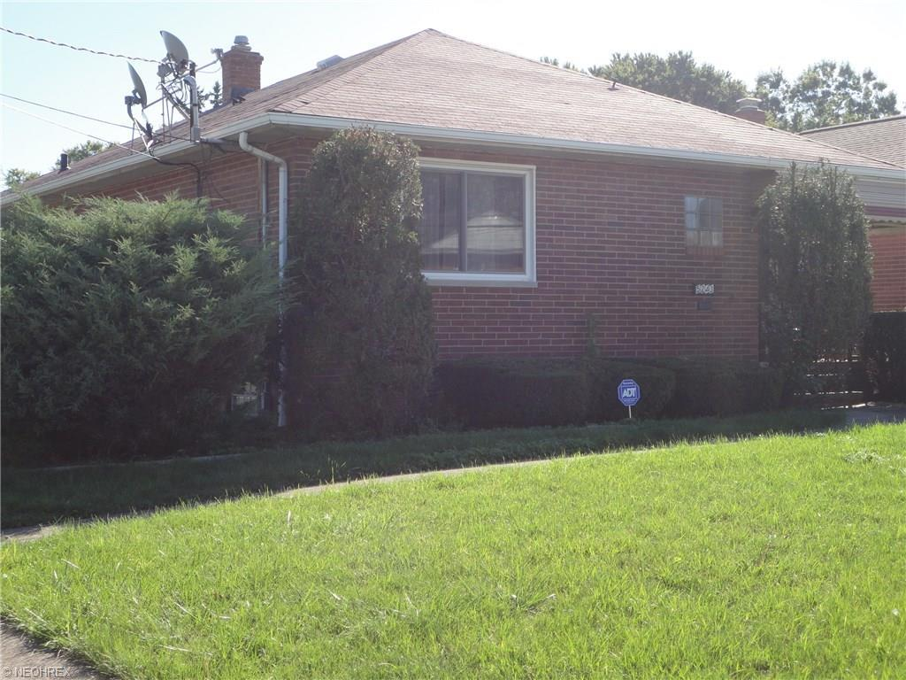 5243 E 135th St, Garfield Heights, OH - USA (photo 3)