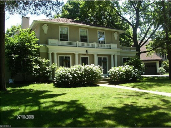 2225 Middlefield Rd, Cleveland Heights, OH - USA (photo 1)