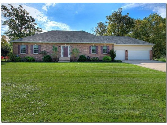 7244 Rosedale Dr, Concord, OH - USA (photo 1)